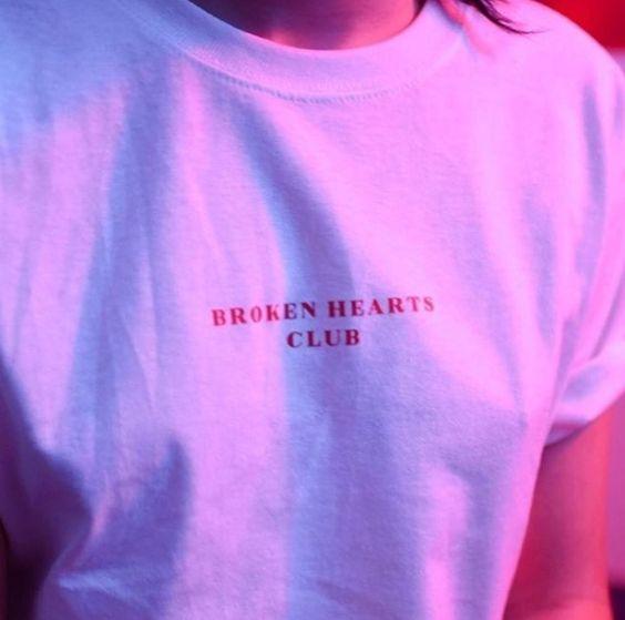 Тениски с надписи. Дамски тениски KIKI.BG